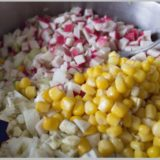 salat-s-krabovymi-palochkami-1